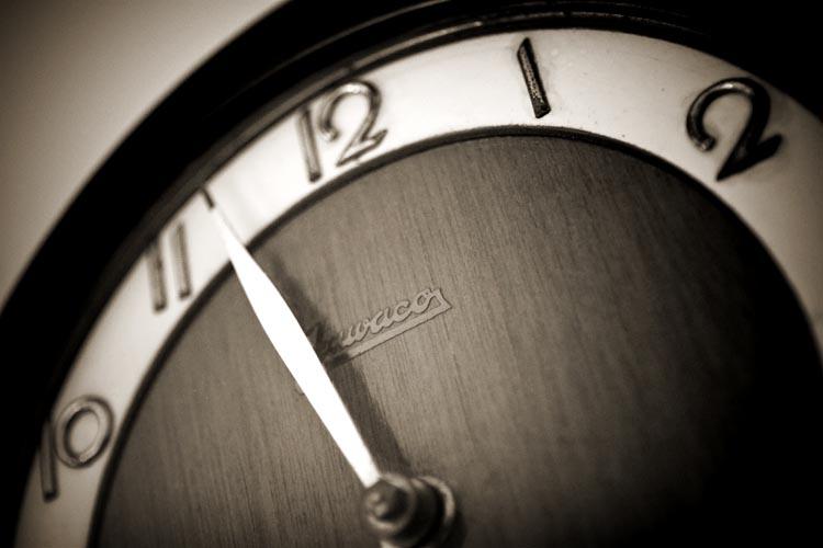 sp_3730080471_clock